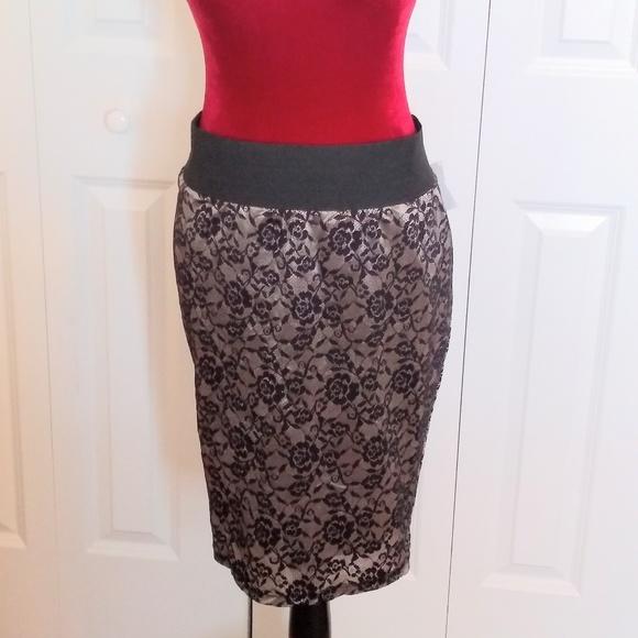 380977eed torrid Skirts   Black And Gold Pencil Skirt   Poshmark